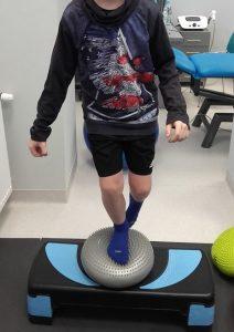 rehabilitacja kolana   Ból w przedniej czesci kolana